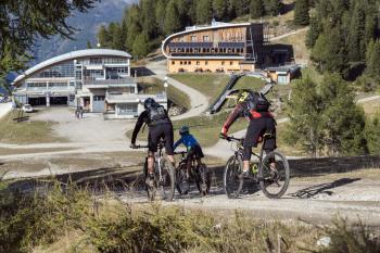 <b>Noleggi sci Pinzolo, Trentino</b>